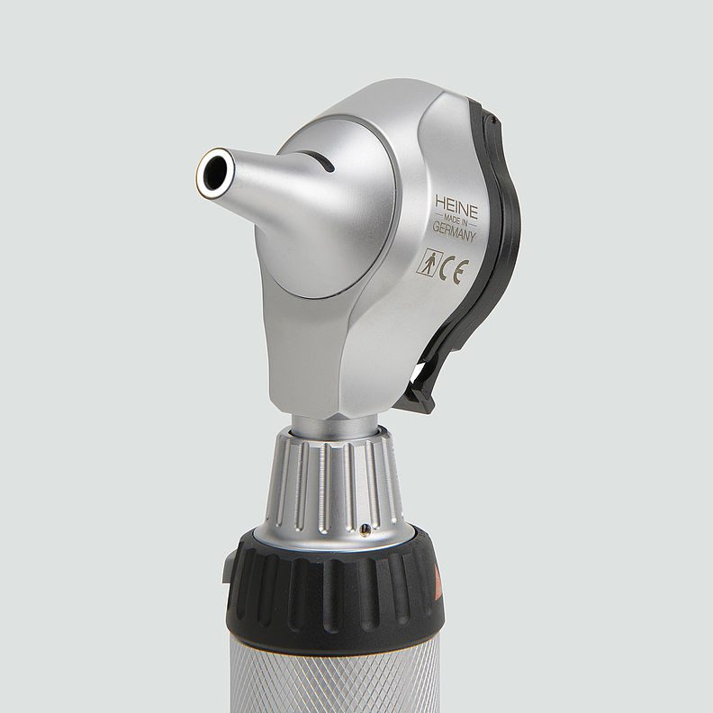 HEINE BETA® 400 LED Fibre Optic Otoscope B-001.11.400