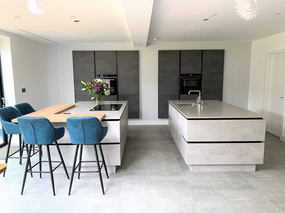 Pros and Cons of Handleless Kitchens