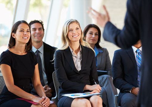 Do introverts or extraverts have the best presentation skills?