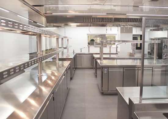 Hygienic Commercial Kitchen Food Preparation